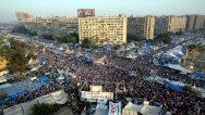 A crowded Rābiʿa al-ʿAdawiyya Square.
